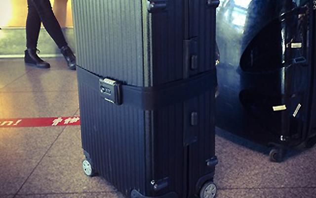 tsaベルトつきのスーツケースベルトも良い